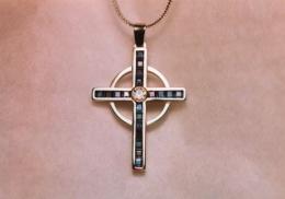 14kt white gold cross